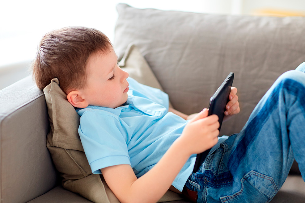 Ús responsable de pantalles: Internet, Xarxes Socials i Apps